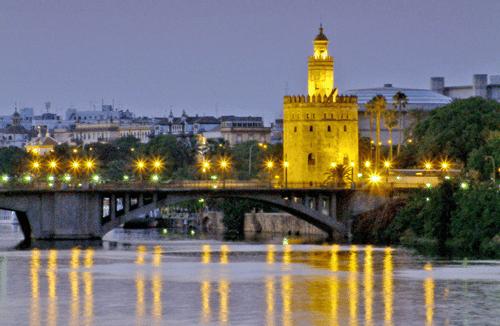 La Web del Ayuntamiento de Sevilla deja al descubierto cientos datos personales